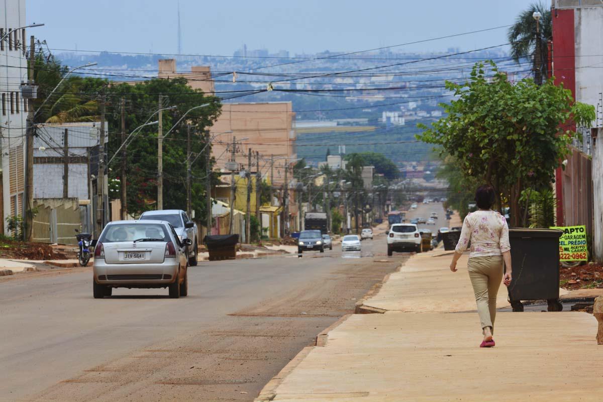 Das obras de Vicente Pires, a rua 10 e uma das vias mais avancadas.  Foto: Vitor Mendonca  Data: 27-10-2019