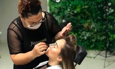 Escova e maquiagem com praticidade e rapidez