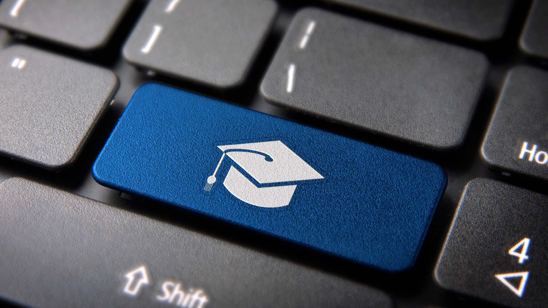 Evento gratuito capacita educadores para desafios da educação digital