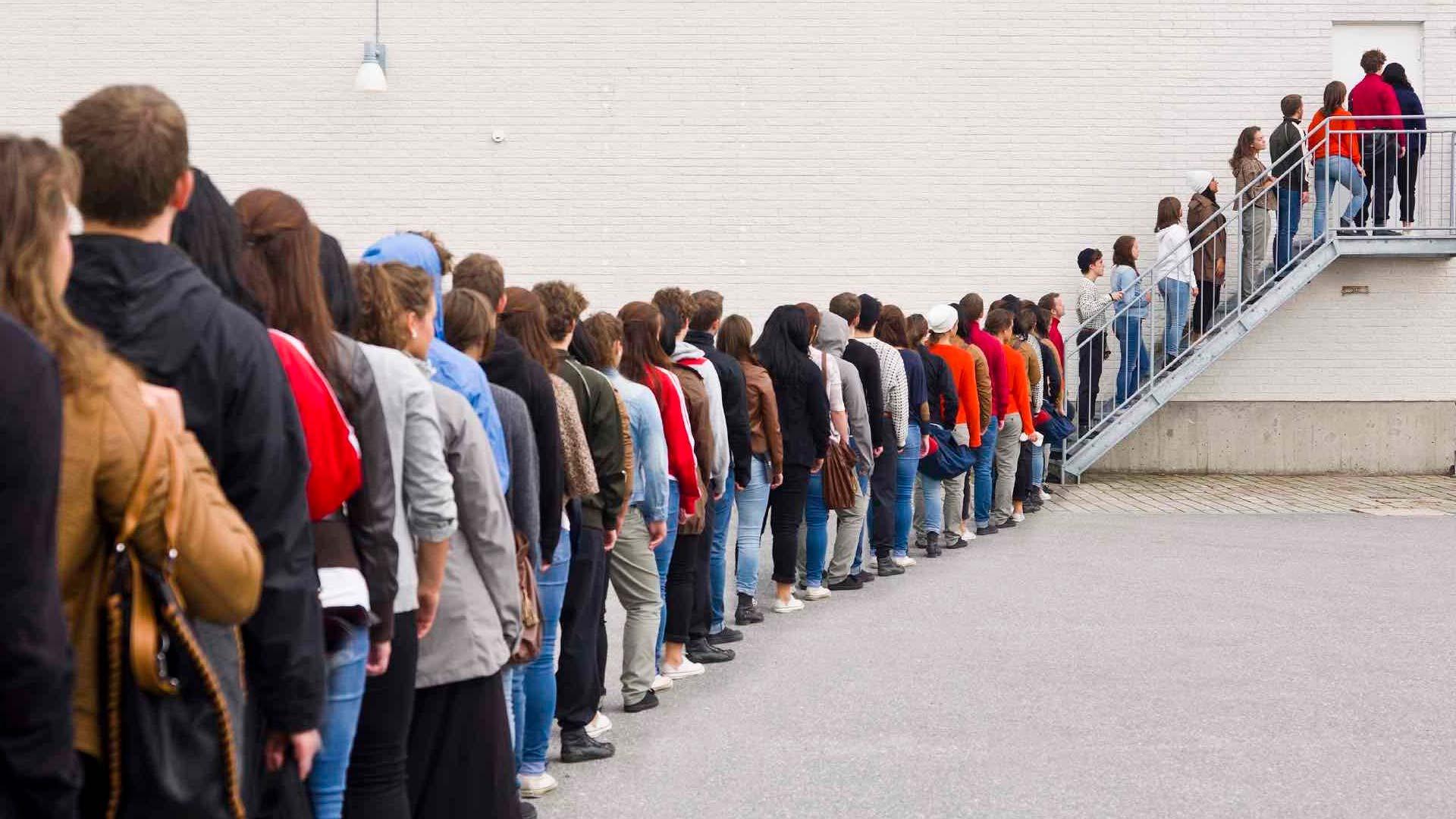E aí, em que lugar você está na fila das pessoas que tenta agradar?