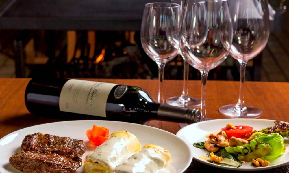 O aplicativo Yolo Club Brasília é uma ótima opção para os amantes da Gastronomia e de vinhos