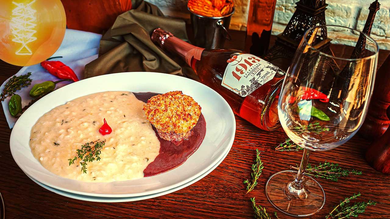 Blend Boucherie - Filé com crosta ao molho roti e risoto de brie