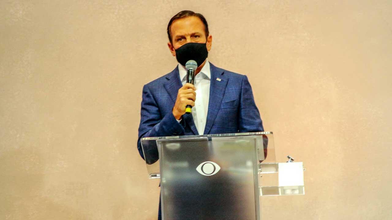 Governador João Doria participa de fórum sobre saúde, promovido pela Rádio Bandeirantes