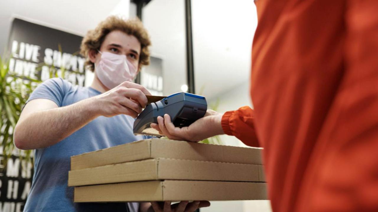 Sebrae e Abrasel incentivam o uso de delivery para apoiar bares e restaurantes
