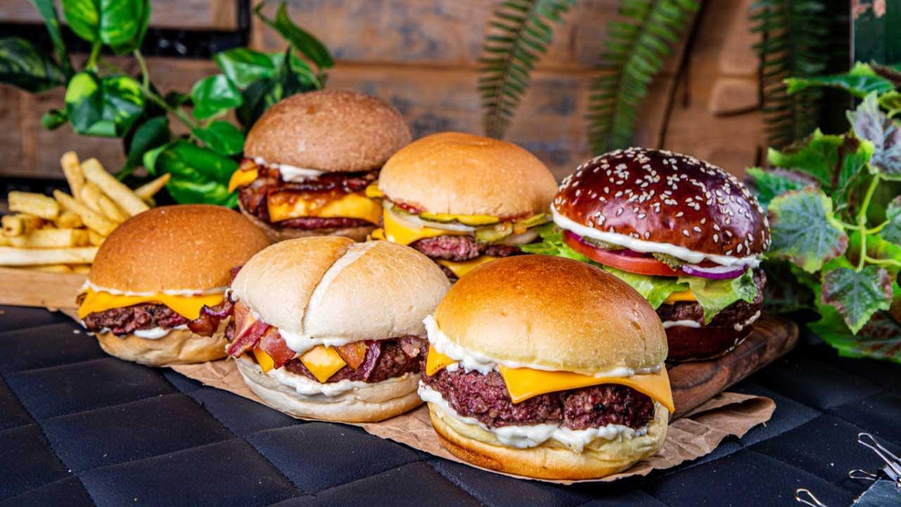 Ammo Burger lança hambúrgueres em dobro no aniversário de Brasília