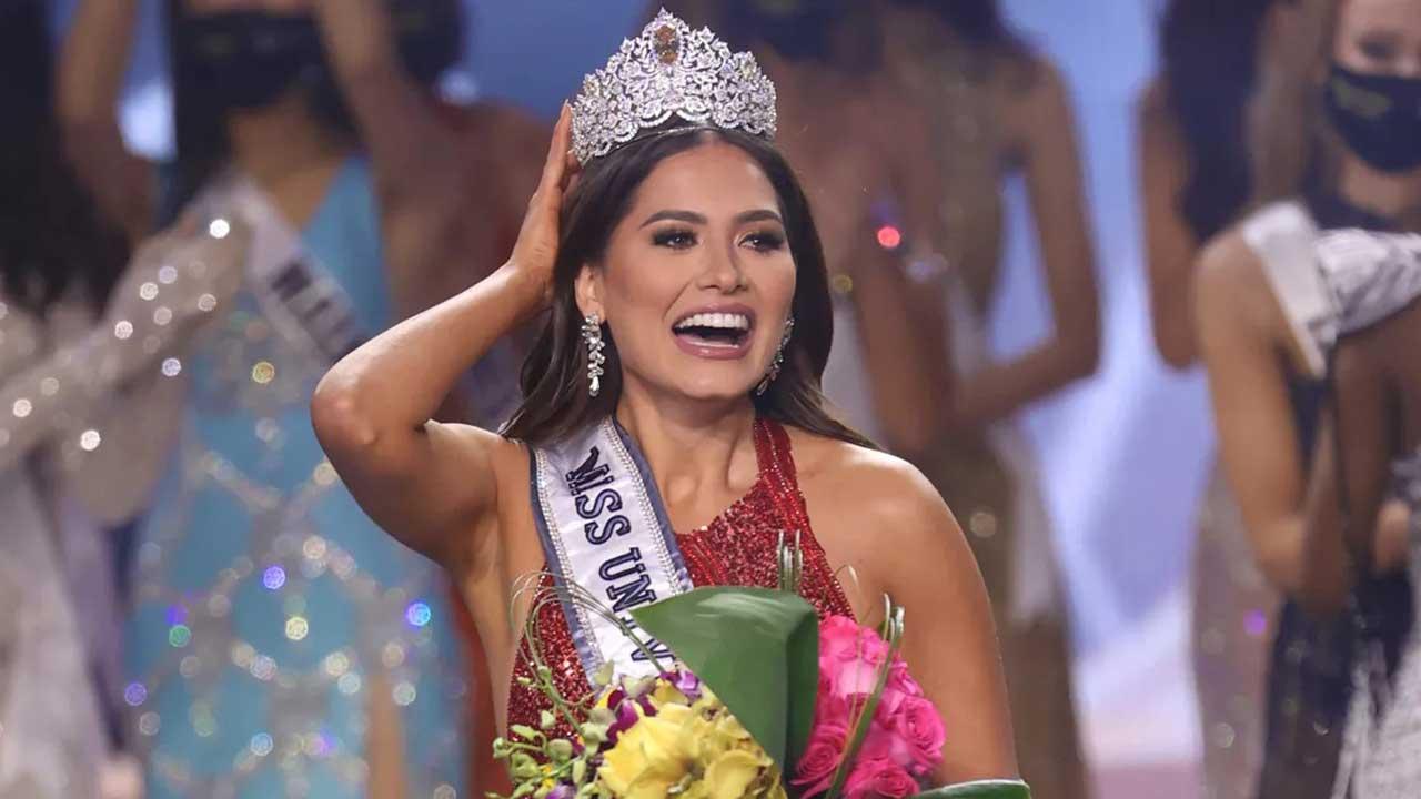 Júlia Gama fica em segundo lugar no Miss Universo