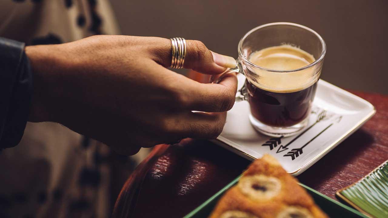 No Dia Nacional do Café, saiba os momentos do dia em que uma xícara da bebida cai bem