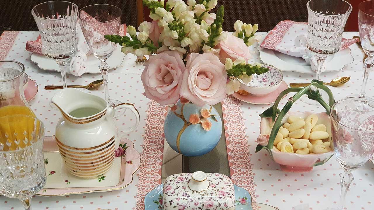 Mesa posta: Chá da tarde com torrões de açúcar