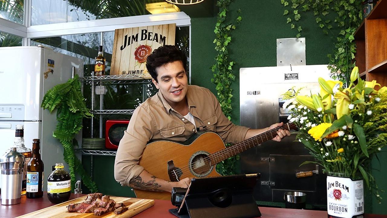 Luan Santana e Jim Beam lançam websérie com churrasco, drinques e música