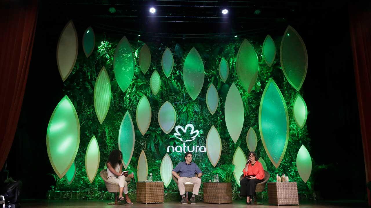Em evento para o mês da Amazônia, Natura reúne especialistas para debater futuro da floresta