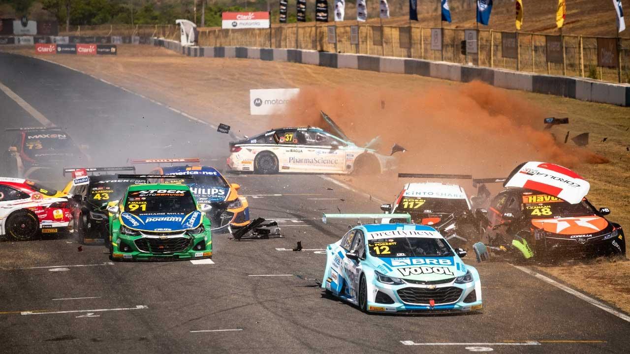Um final de semana na Stock Car Pro Series