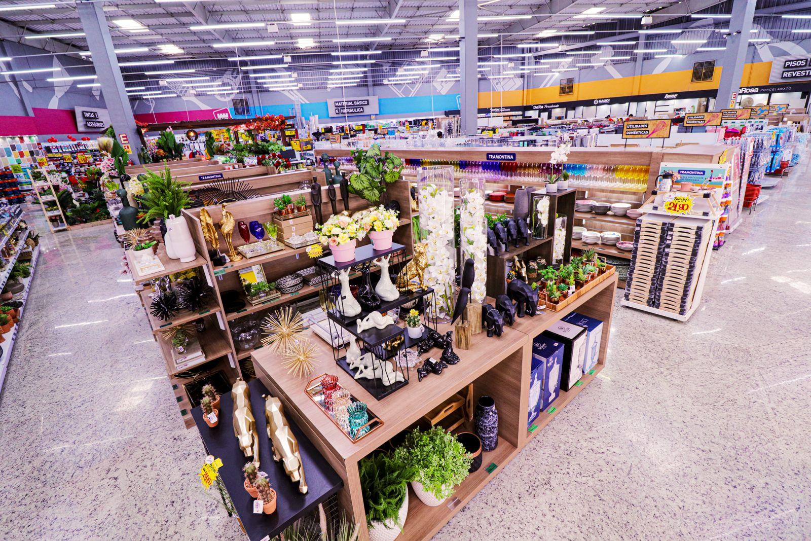Alguns produtos do Home Center Castelo Forte.
