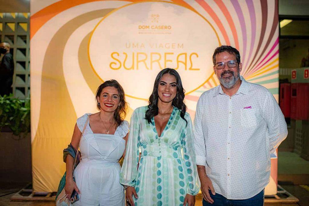 Michelle Souza, Tatiane Freitas e Luiz Eduardo - Lançamento Surreal. Foto: Hugo Barreto